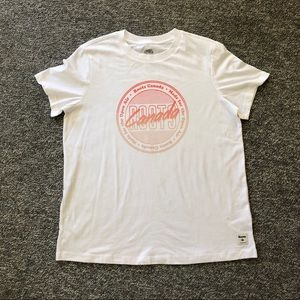 Roots Canada white graphic tee t shirt Size Large